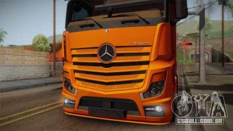 Mercedes-Benz Actros Mp4 4x2 v2.0 Steamspace para GTA San Andreas vista direita