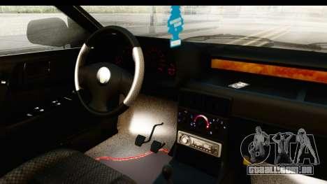 Rover 220 Gold Edition para GTA San Andreas vista interior