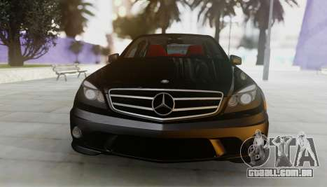 Mercedes-Benz C63 AMG w204 para GTA San Andreas esquerda vista