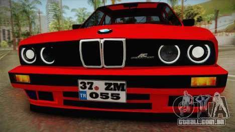 BMW M3 E30 Sedan para GTA San Andreas traseira esquerda vista