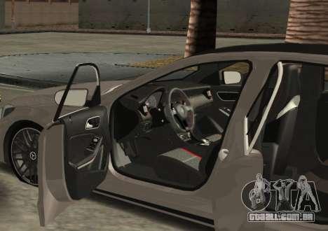 Mercedes-Benz C63 AMG W205 para GTA San Andreas esquerda vista