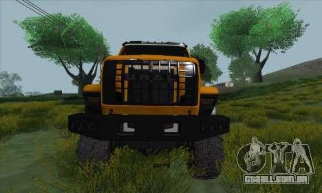 Ural Caminhão De Combustível Próximo para GTA San Andreas vista interior