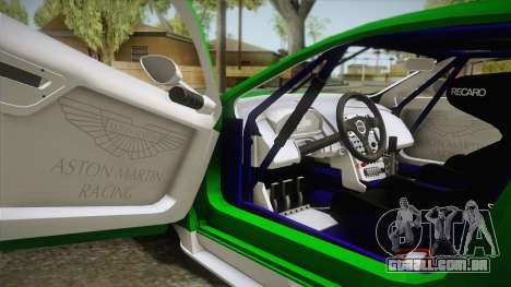 Aston Martin Racing DBR9 2005 v2.0.1 YCH Dirt para GTA San Andreas vista interior