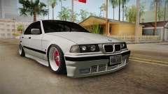BMW 320i E36 Sedan