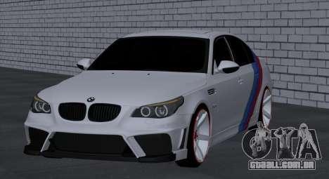 BMW M5 E60 SS (SmotraStyle) para GTA San Andreas vista direita