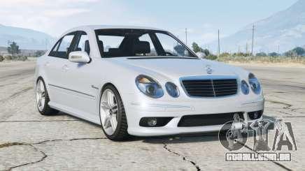 Mercedes-Benz E 55 AMG (W211) 2002 v2.0 para GTA 5